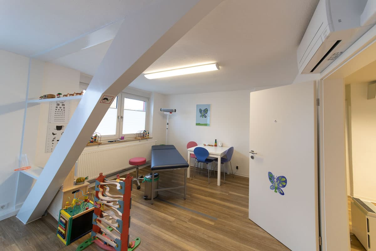Kinderarzt-Ennigerloh_2OG_Schmetterling_02